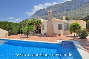 Finca in Denia mit Privatpool